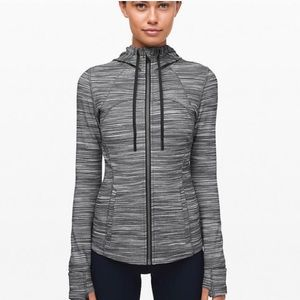 Hooded Define Jacket - Lululemon - Size 4